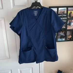 Size large navy scrub outfit